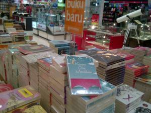 KAM di Gramedia Cibubur Mall Ciputera